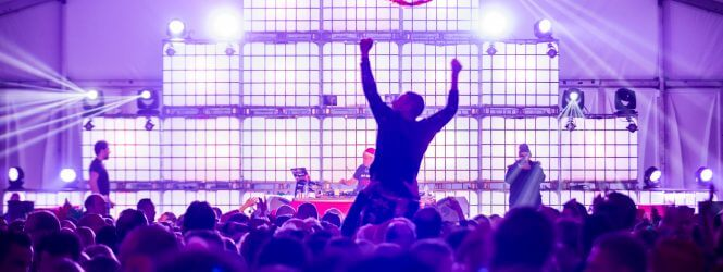 Report: Kerstbal Festival
