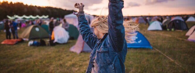 5 Party musthaves voor op de festivalcamping