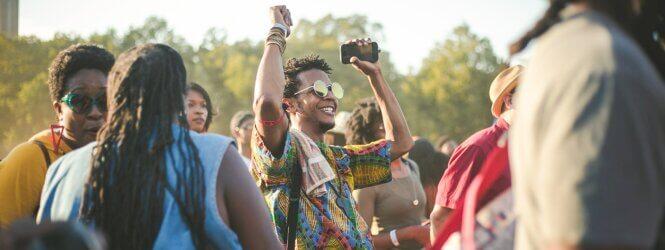 Zo beperk je schade van drank & drugs gebruik tijdens festivals