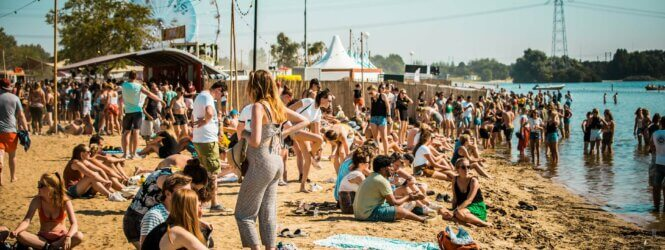 Alles over ticketverkoop & hints line-up Strandfestival ZAND