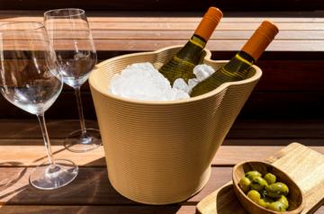 Wijnkoeler van gerecyclede festivalmunten